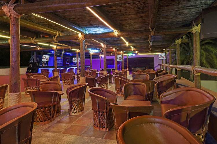 Sports bar hotel loreto bay golf resort & spa at baja loreto, b.c.s.